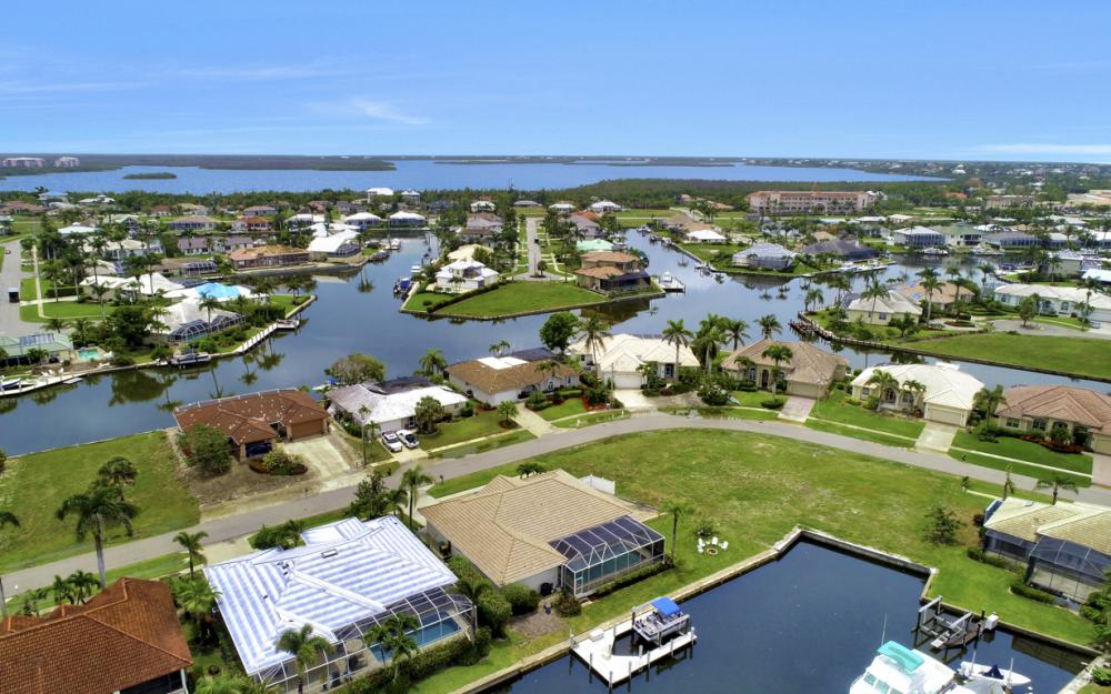 1850 Woodbine Ct, Marco Island - Home For Sale 1634008777