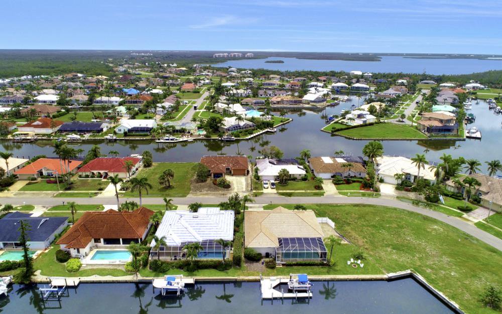 1850 Woodbine Ct, Marco Island - Home For Sale 995594075