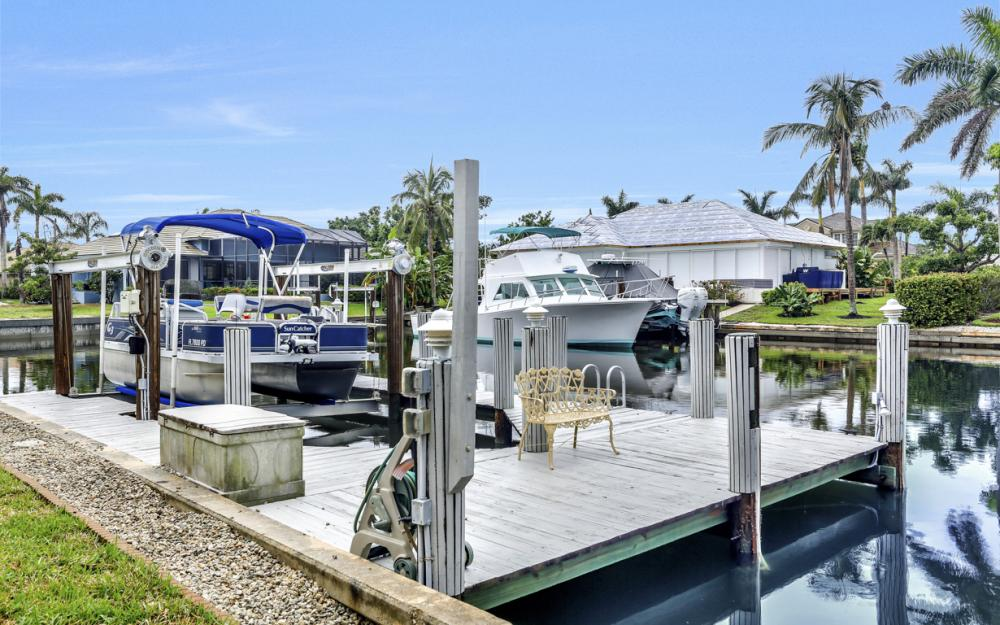 1850 Woodbine Ct, Marco Island - Home For Sale 1052159153
