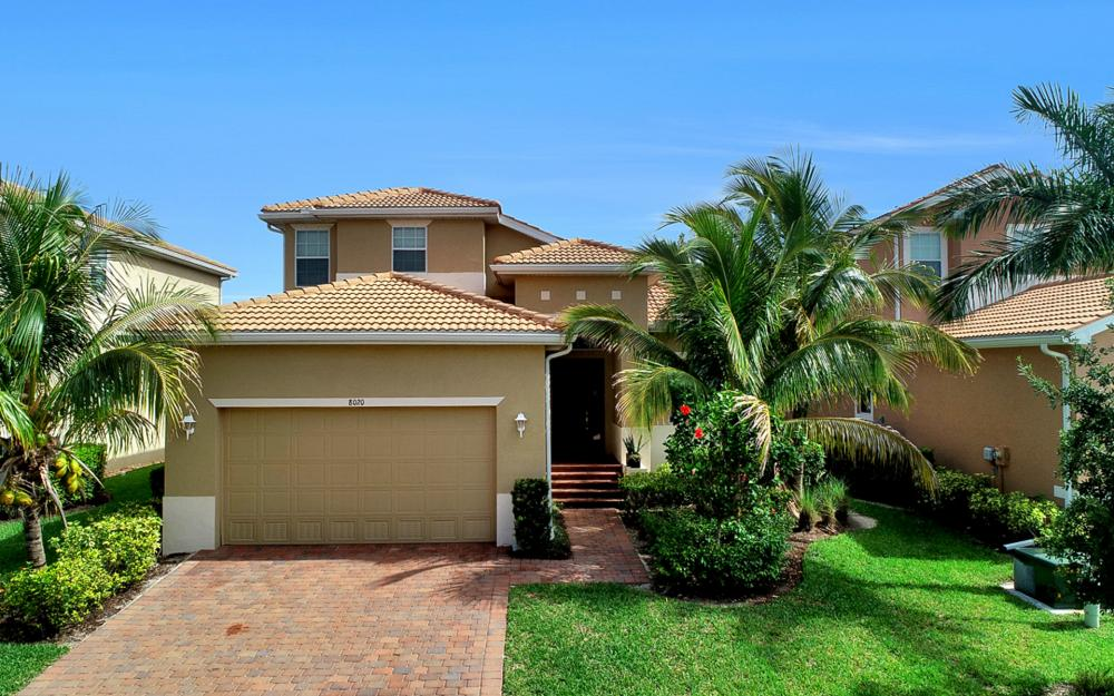 8020 Banyan Breeze Way, Fort Myers - Home For Sale 2016792604