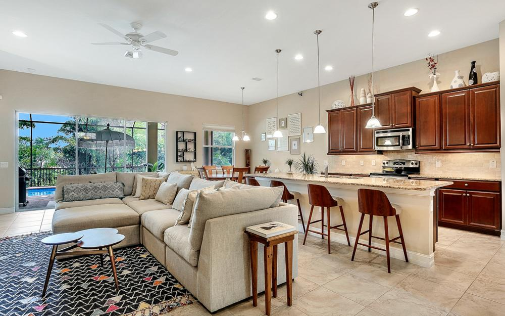 8020 Banyan Breeze Way, Fort Myers - Home For Sale 508832657