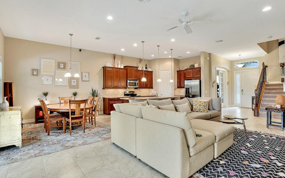 8020 Banyan Breeze Way, Fort Myers - Home For Sale 2011698774