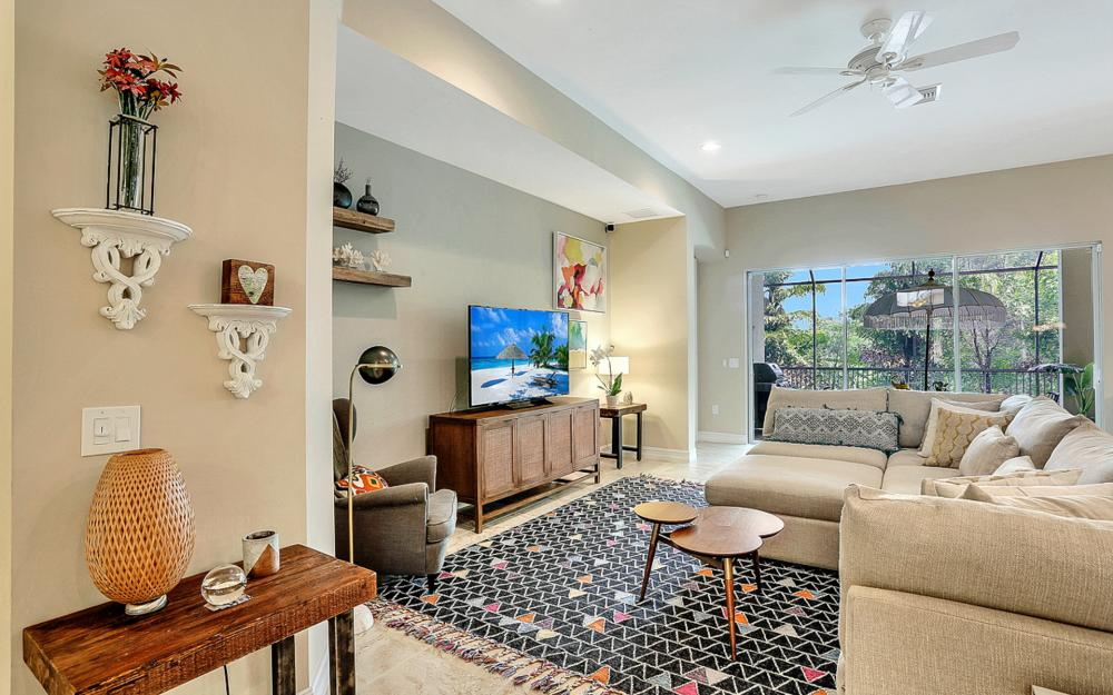 8020 Banyan Breeze Way, Fort Myers - Home For Sale 79990923