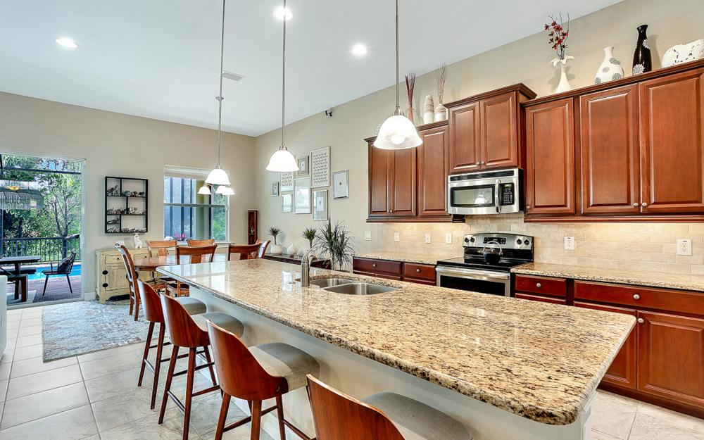 8020 Banyan Breeze Way, Fort Myers - Home For Sale 733628876