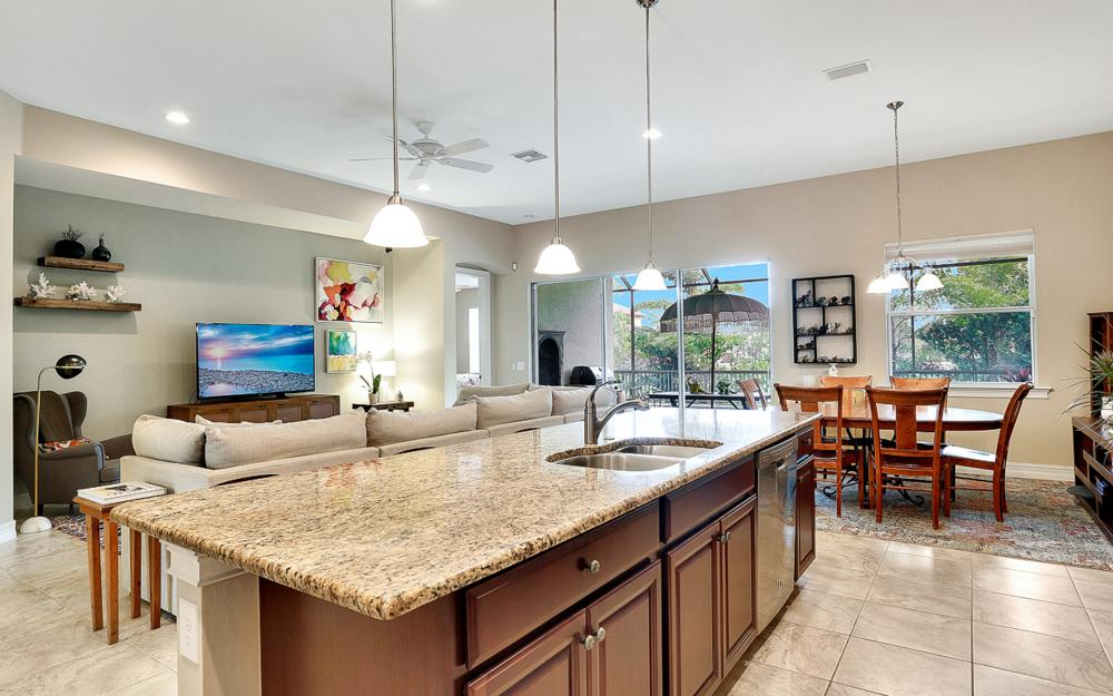 8020 Banyan Breeze Way, Fort Myers - Home For Sale 1428564782