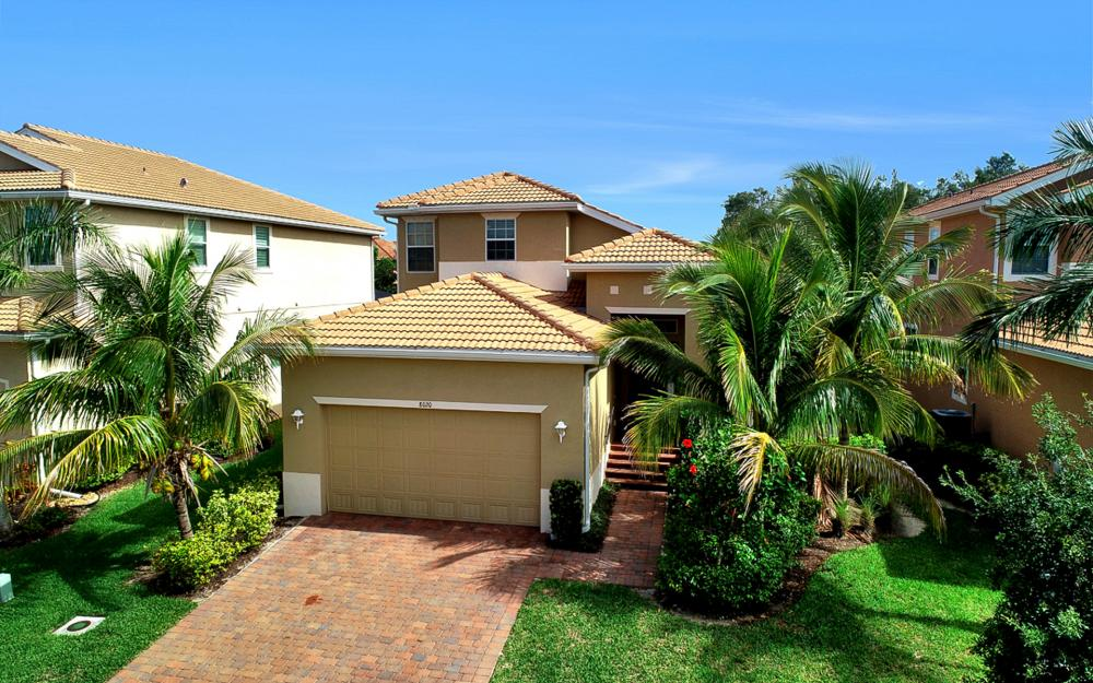 8020 Banyan Breeze Way, Fort Myers - Home For Sale 1189800773
