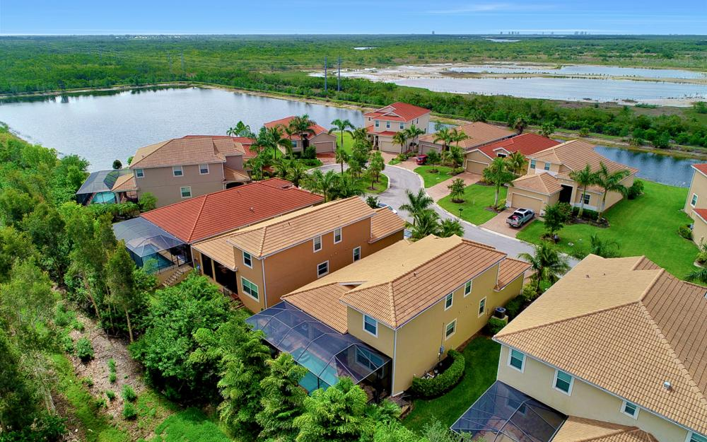 8020 Banyan Breeze Way, Fort Myers - Home For Sale 1779367153