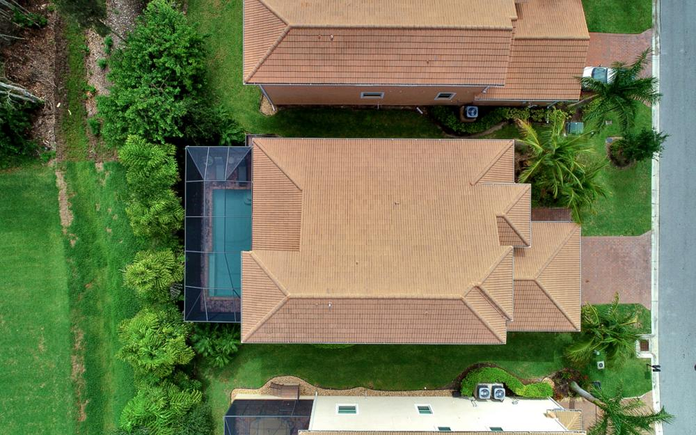 8020 Banyan Breeze Way, Fort Myers - Home For Sale 2053254955