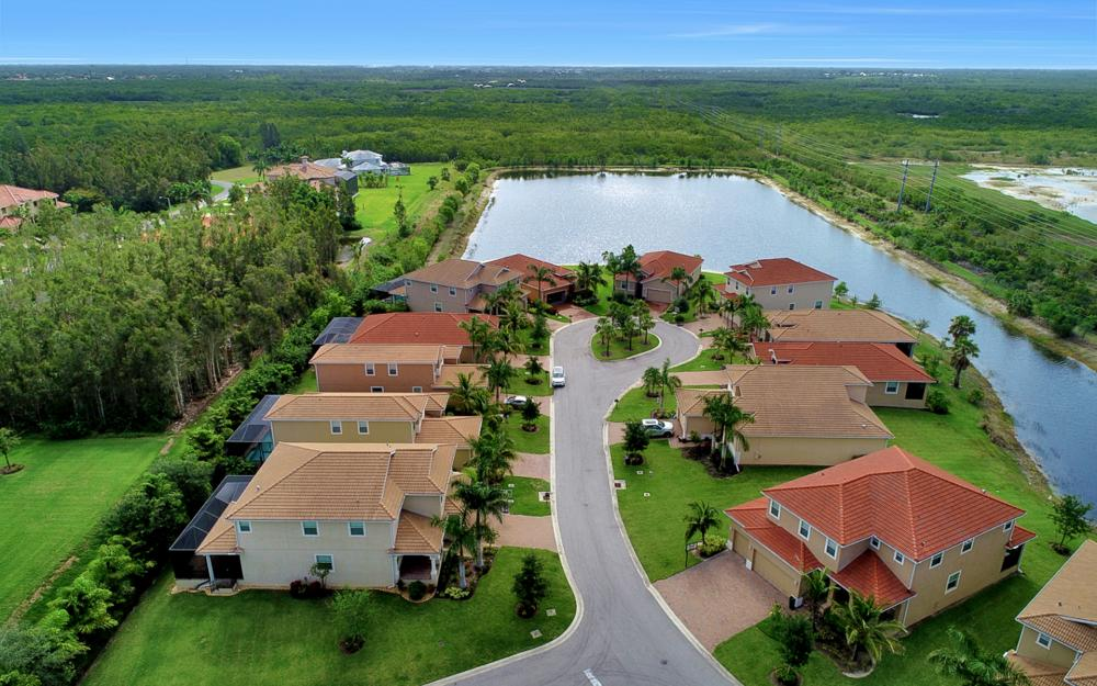 8020 Banyan Breeze Way, Fort Myers - Home For Sale 875882162
