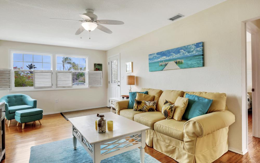 763 94th Ave N, Naples - Home For Sale 2056476436