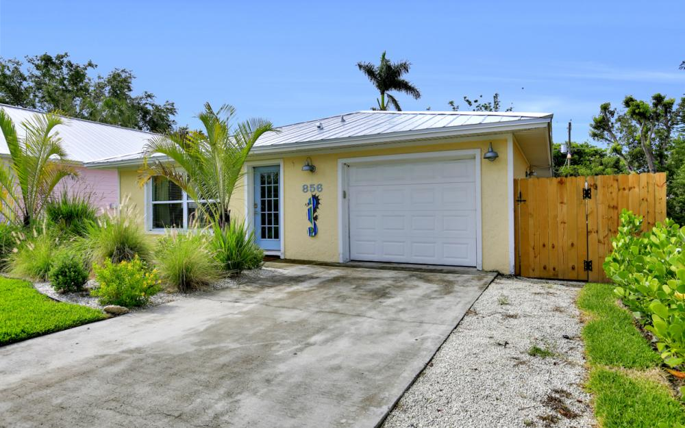 856 98th Ave N, Naples - Home For Sale 1171599825