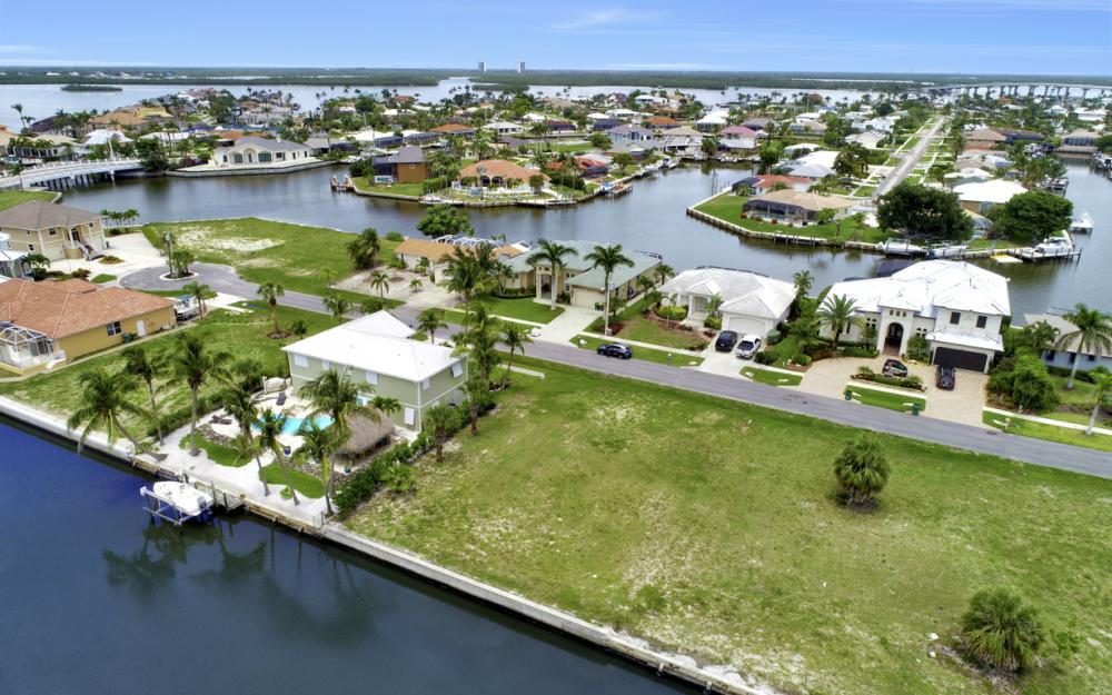 848 Rose Ct, Marco Island - Lot For Sale 95290491