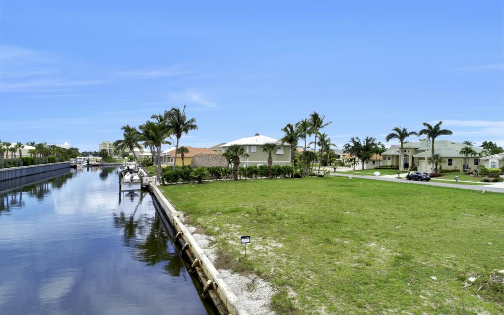 848 Rose Ct, Marco Island - Lot For Sale 1252278243