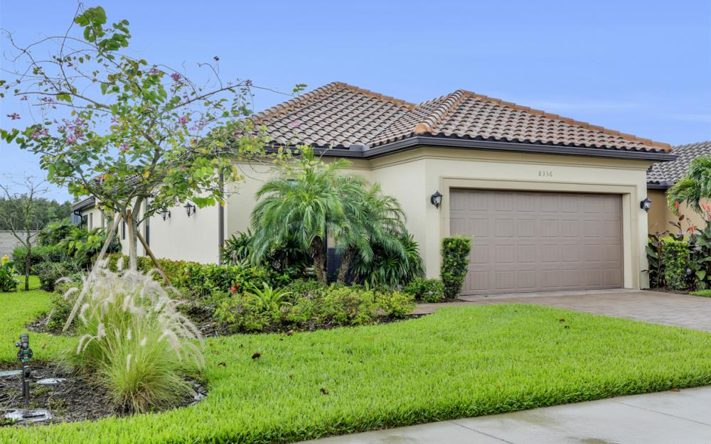8336 Lucello Terrace N, Naples - Home For Sale 910262195
