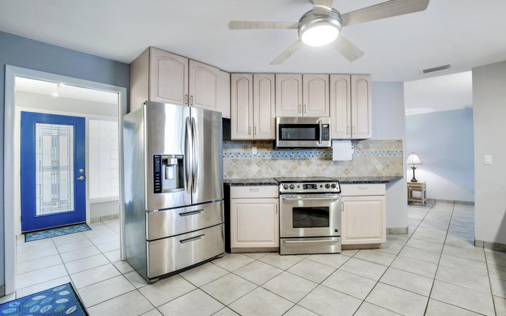 2510 SE 28th St, Cape Coral - Home For Sale 454610482