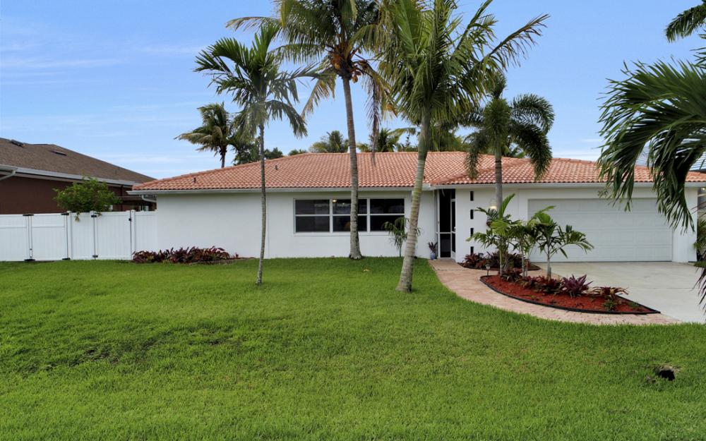 2510 SE 28th St, Cape Coral - Home For Sale 214916897