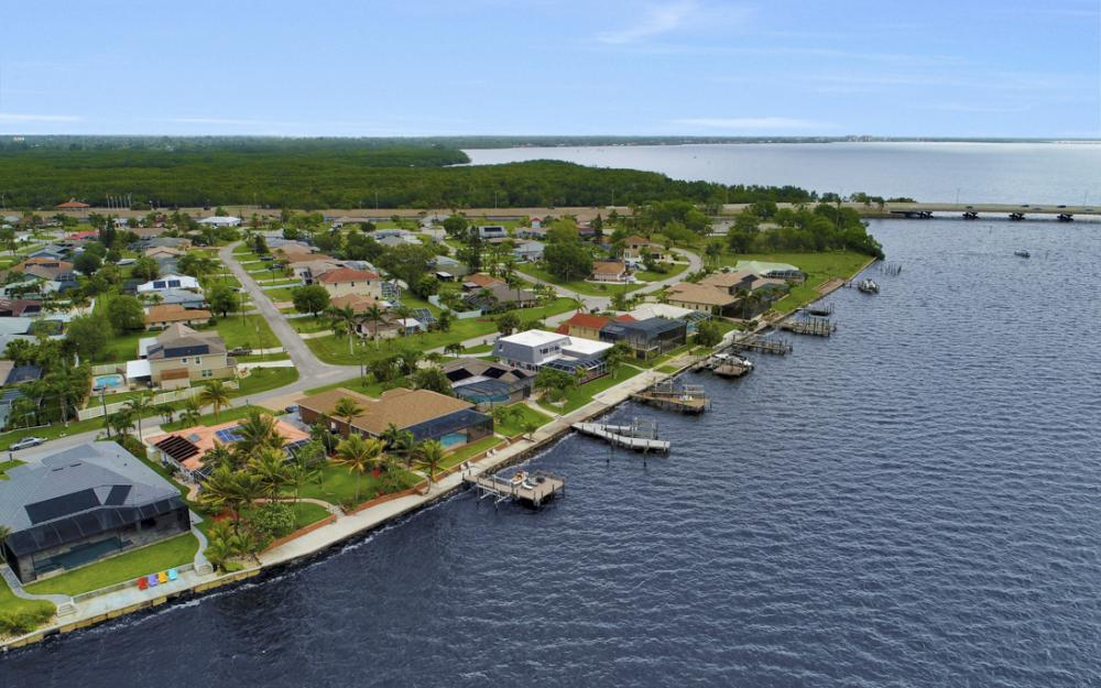 2510 SE 28th St, Cape Coral - Home For Sale 1802235721