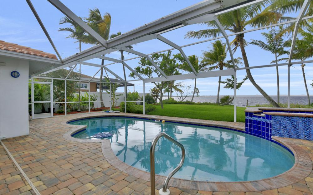 2510 SE 28th St, Cape Coral - Home For Sale 261598684
