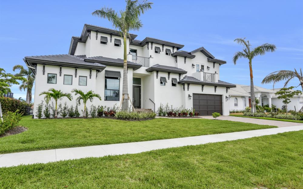 258 Capistrano Ct, Marco Island - Home For Sale 543666394