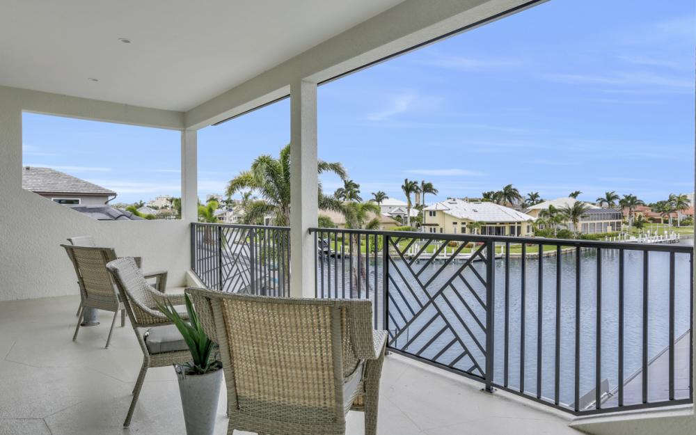 258 Capistrano Ct, Marco Island - Home For Sale 1729495777