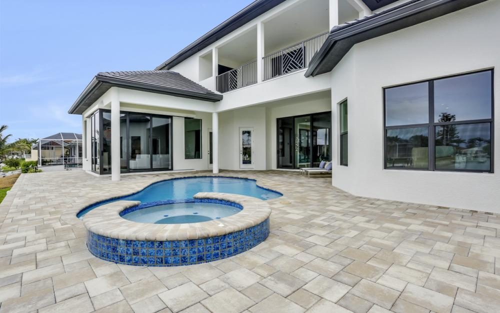258 Capistrano Ct, Marco Island - Home For Sale 488212685