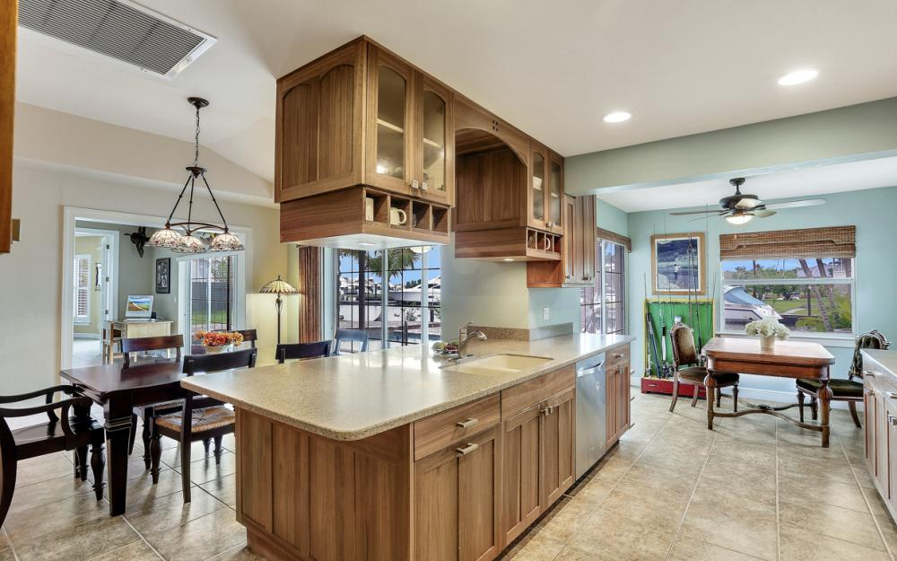 109 Montrose Dr, Fort Myers - Home For Sale 532981378