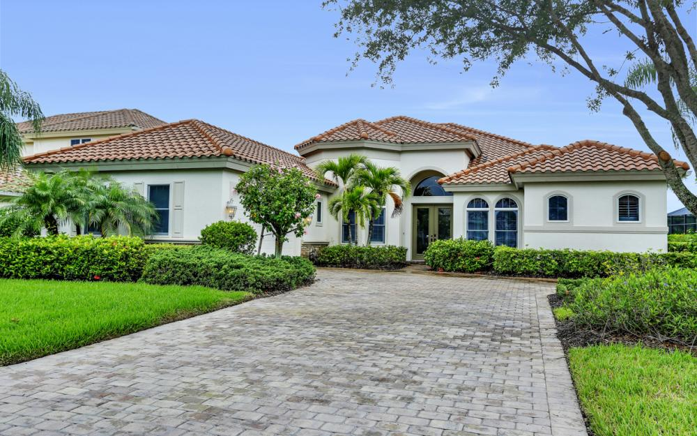 9788 Nickel Ridge Cir, Naples - Home For Sale 528398663
