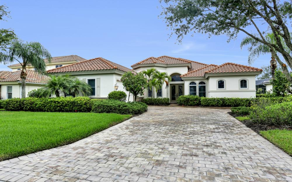 9788 Nickel Ridge Cir, Naples - Home For Sale 747477956