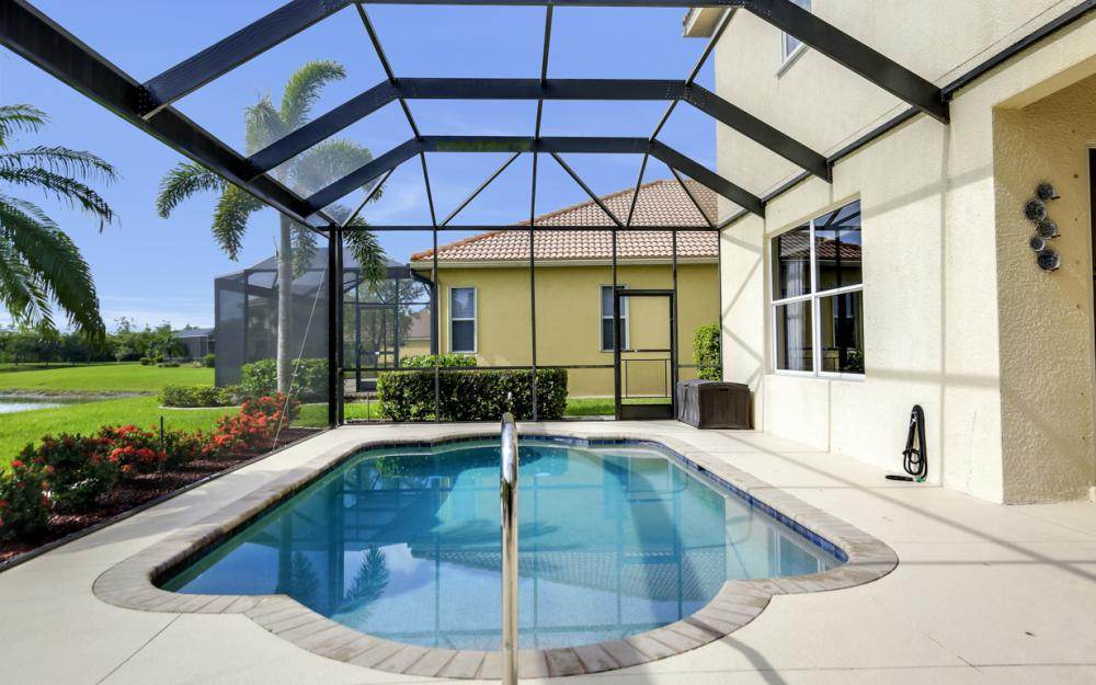 20467 Ardore Ln, Estero - Home For Sale 2046699325