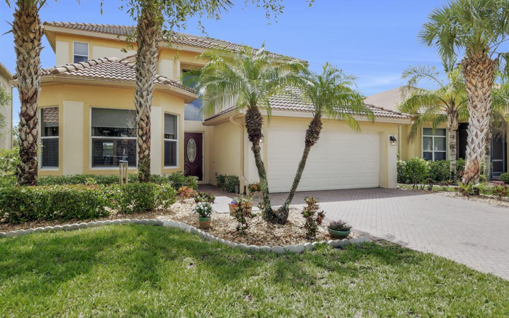 20467 Ardore Ln, Estero - Home For Sale 839321662