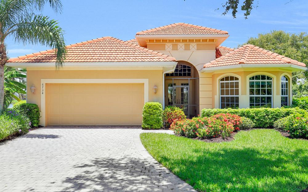 6734 Bent Grass Dr, Naples - Vacation Rental 1083316686
