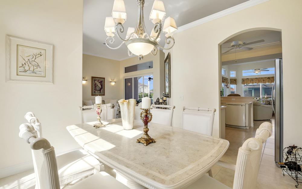 258 Bass Ct, Marco Island - Home For Sale 625257758
