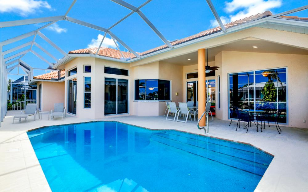 258 Bass Ct, Marco Island - Home For Sale 375154799