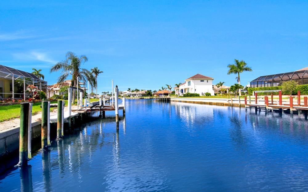 258 Bass Ct, Marco Island - Home For Sale 1513920246