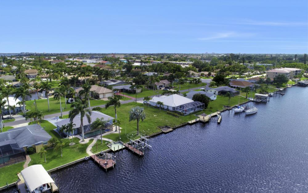 1715 SE 43rd St, Cape Coral - Lot For Sale 175564534
