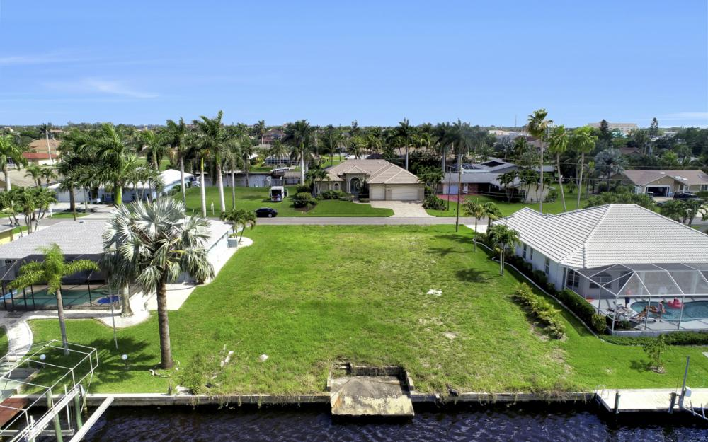 1715 SE 43rd St, Cape Coral - Lot For Sale 857044156