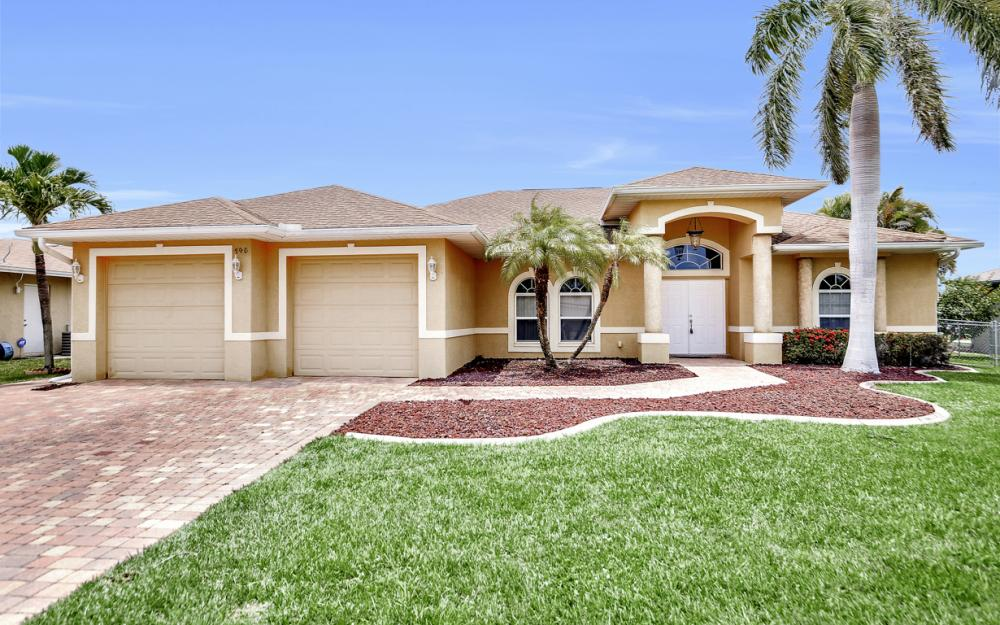 145 SE 27th St, Cape Coral - Home For Sale 268790384