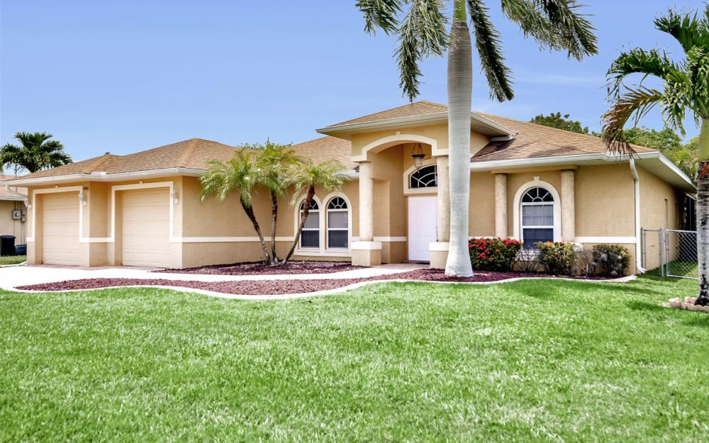 145 SE 27th St, Cape Coral - Home For Sale 501127185