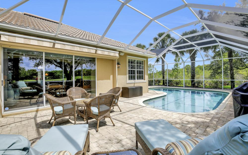 23101 Oakglen Ln, Bonita Springs - Home For Sale 1794943473