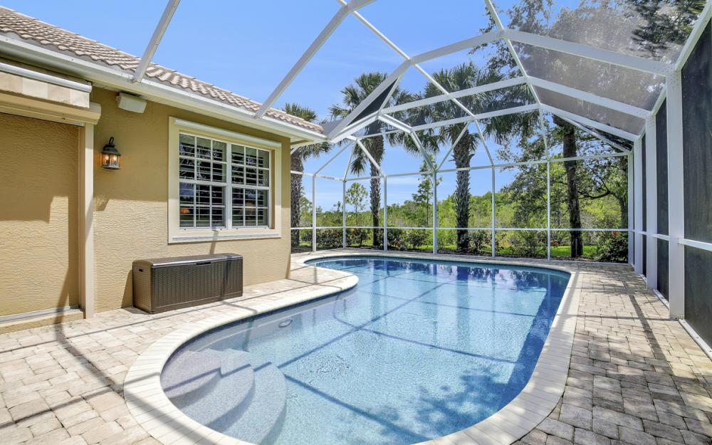 23101 Oakglen Ln, Bonita Springs - Home For Sale 1028905747