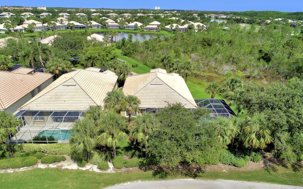 23101 Oakglen Ln, Bonita Springs - Home For Sale 2083685323