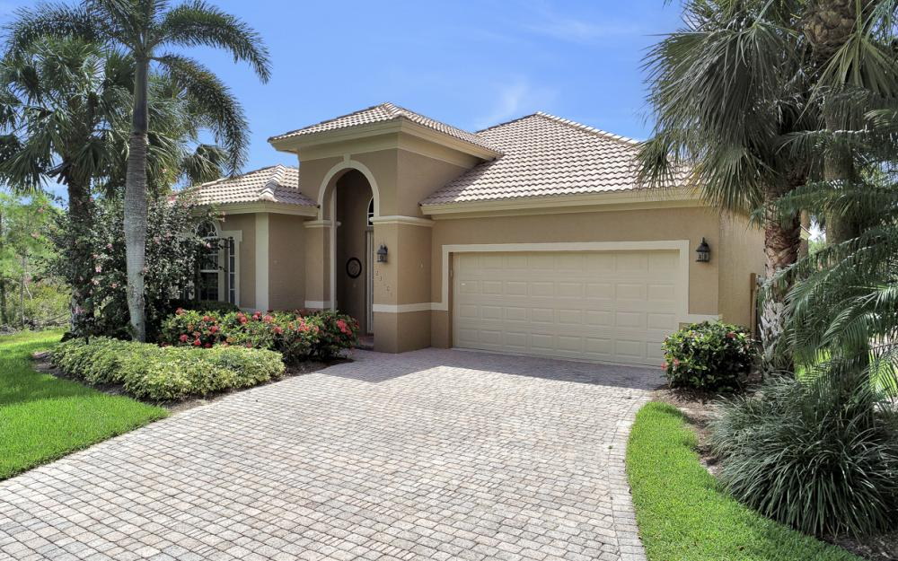 23101 Oakglen Ln, Bonita Springs - Home For Sale 1546333128