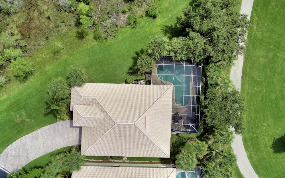 23101 Oakglen Ln, Bonita Springs - Home For Sale 50948487