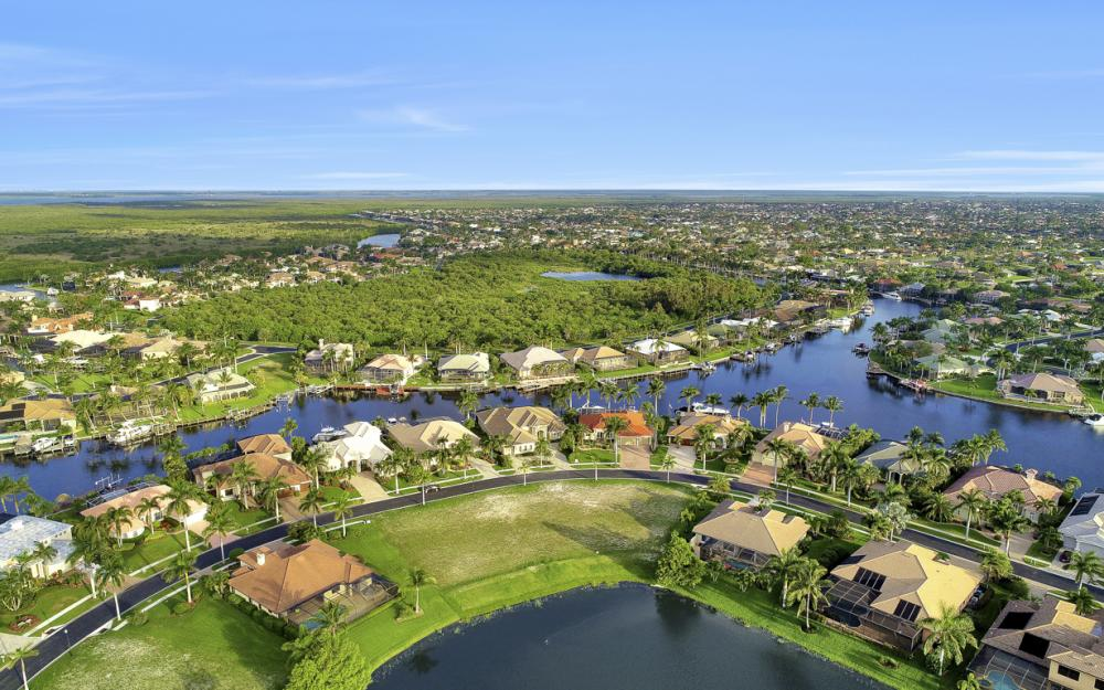 1918 Harbour Cir, Cape Coral - Lot For Sale 1340043086