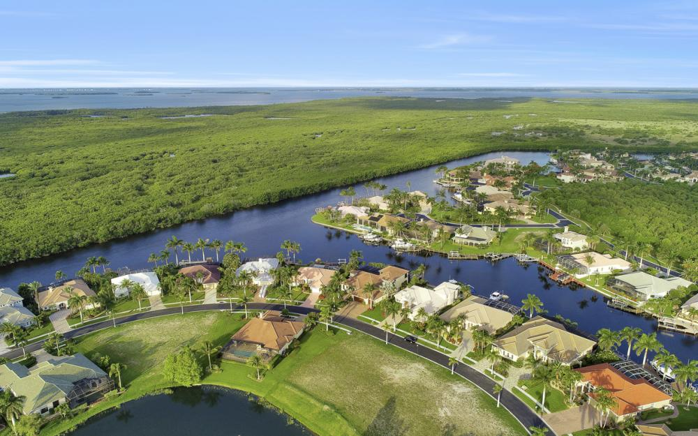 1918 Harbour Cir, Cape Coral - Lot For Sale 1105173962