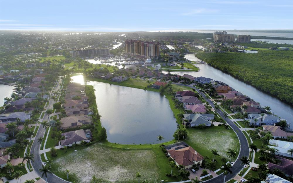 1918 Harbour Cir, Cape Coral - Lot For Sale 1104629284
