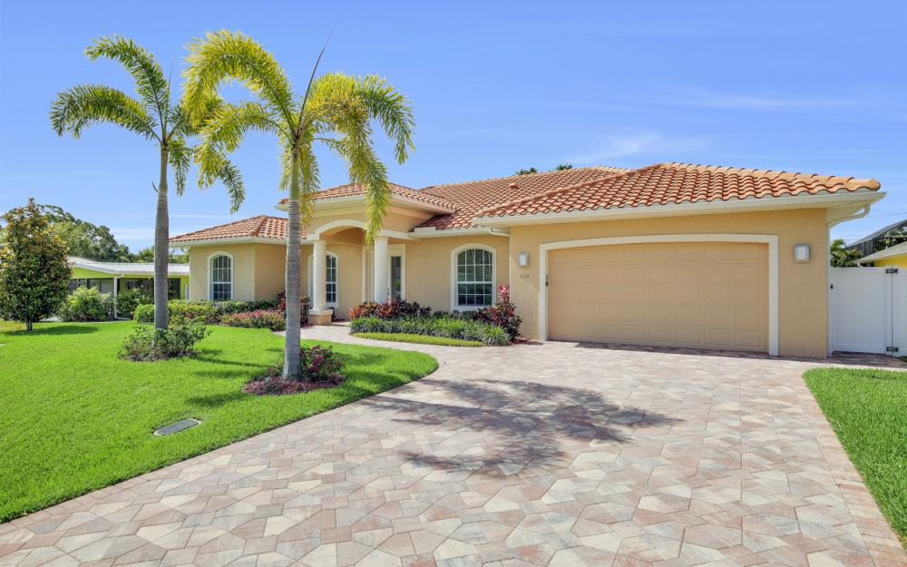658 101st Ave N Naples - Vacation Rental 329011420