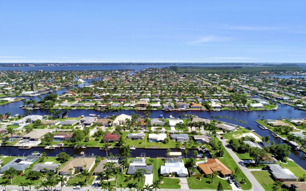 142 SW 49th Ter,  Cape Coral - Home For Sale 824258935