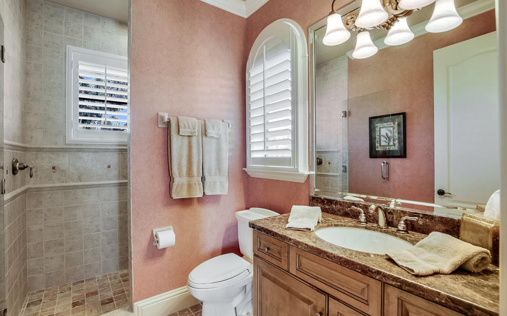 9311 Vittoria Ct, Fort Myers - Home For Sale 176655601