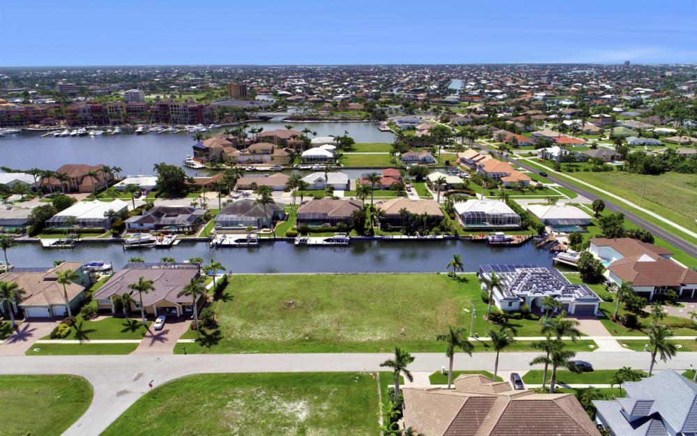 617 Crescent St Marco Island - Lot For Sale 1338871721